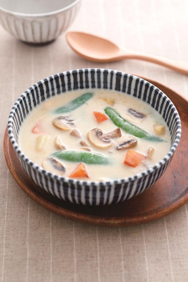 蘑菇野菜燉:美味又營養的春季食材料理
